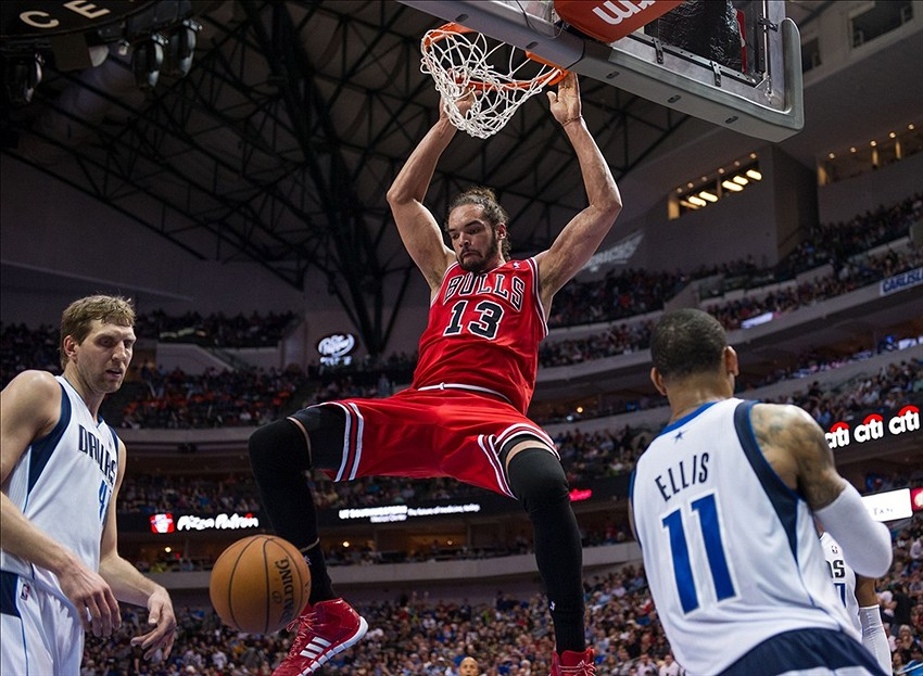 Former Florida Gator Joakim Noah Puts Up Two Triple-Doubles in Three ... 5f73d9496